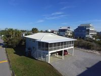 Unwind-1st Tier, GREAT Gulf View 100 steps to the beach 2 BR 2 BA