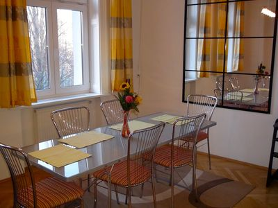 Centrally located very cosy secured apartment for 2-4 Persons with river view
