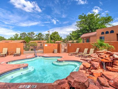 NEW! 1BR Bright Sedona Cottage w/Resort Amenities!