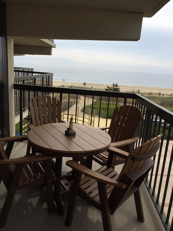 LUXURY OCEANFRONT CONDO AT DISCOUNTED PRICES