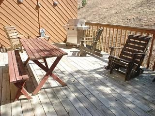 Mountain City townhome photo - Lg, private deck w/gas grill. ENJOY!