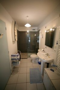 shower room with Italian shower