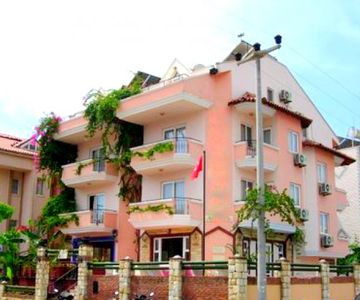 1 BR Apartment at 50 Mt to The Sea in Marmaris