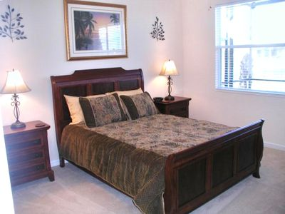Master Bedroom Suite with Splendid Waterview