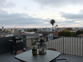 Hermosa Beach apartment photo - Extra Large Ocean View Deck with BBQ