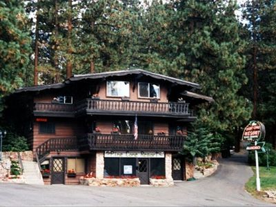 Pine Cone Resort Lodge