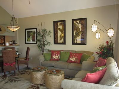 Beautiful and comfortable Hawaiian decor and furnishings