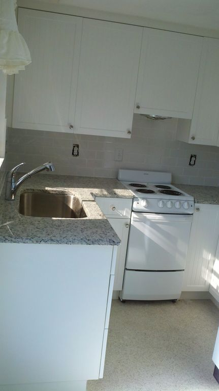 Brand new kitchens. Granite counters.