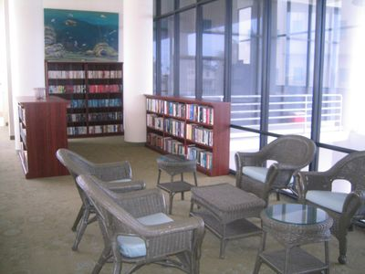 A well stocked library and large lounge for group gatherings.