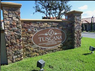 Tuscana Resort Entrance
