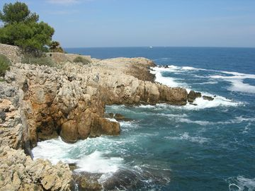 Cap d'Antibes, great walks and hikes