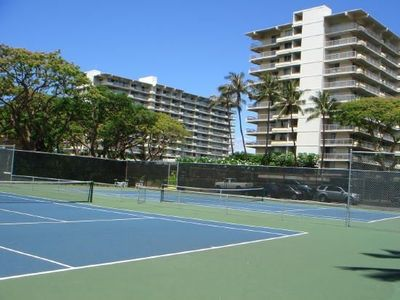 Kaanapali condo rental - Tennis courts