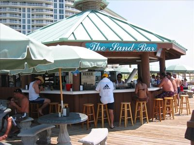 The Sand Bar offers food and drinks while you are sunning at the beach or pool