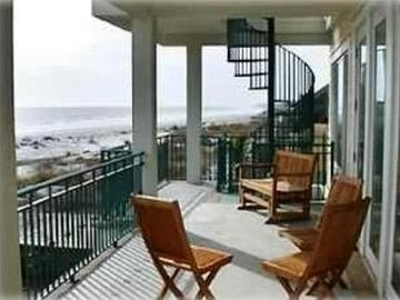 Fripp Island house rental - First level of deck with panoramic views
