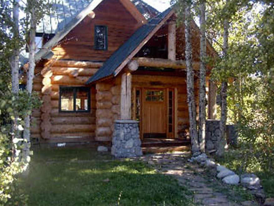 Lake side lodge kids and pets welcome short vrbo for 4 bedroom log cabins for sale