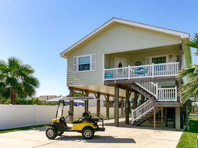 papakeekos happy ours free golf cart close to beach pool