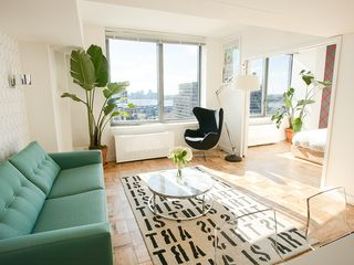 Midtown Manhattan condo photo