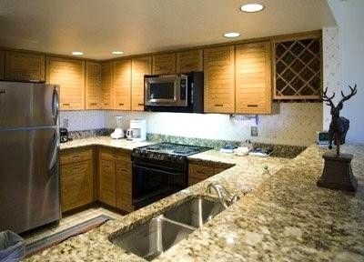 Large Fully Outfitted Kitchen