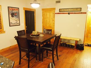 Bear Hollow Village condo photo - Dining Room