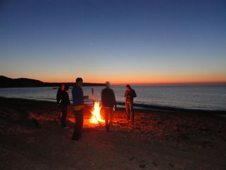 Montauk cottage photo - Walk to your own bonfire on Fort Pond Beach