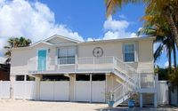 25 miles to KEY WEST!!! Canal Front w/Boatlift; Family-Friendly; Newly Updated