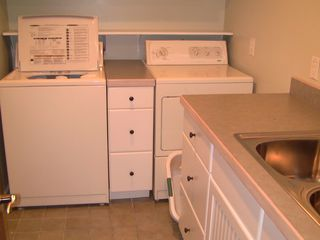 Washer / Dryer - Edinburg house vacation rental photo