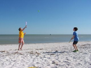 Sanibel Island condo photo - another fun day on the beach