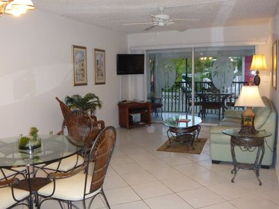 Dining / Living Room leading out to your private lanai