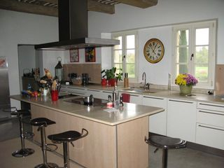 Modern Kitchen - Gordes farmhouse vacation rental photo