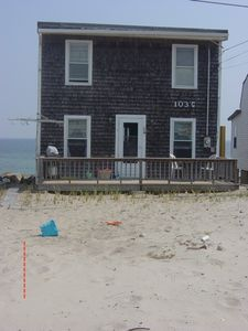 Plymouth house rental - Back of house and deck