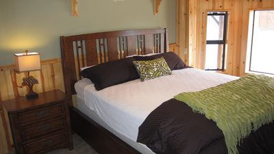 Idyllwild cabin rental - Comfortable guest Cal King bed.