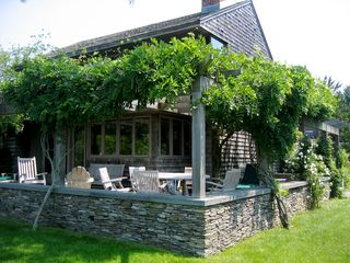 Water Mill house photo - .Pergola dining area