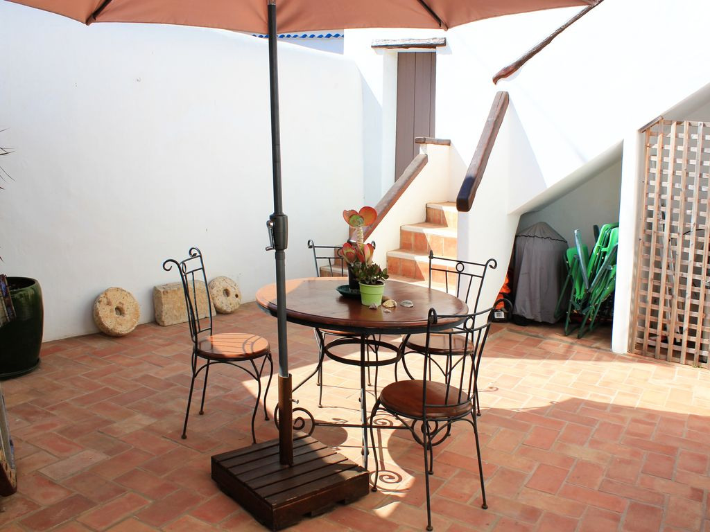 Holiday house, close to the beach, Figueira, Faro