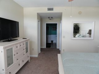 St. Augustine Beach condo photo - Master w/walk-in closet and separate shower/bath area