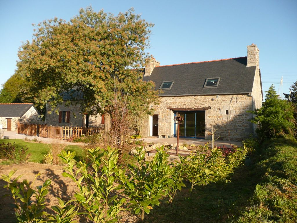 Holiday house 247750, Brélidy, Brittany