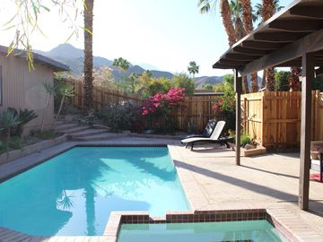 Cathedral City house rental - Private courtyard with mountain views.