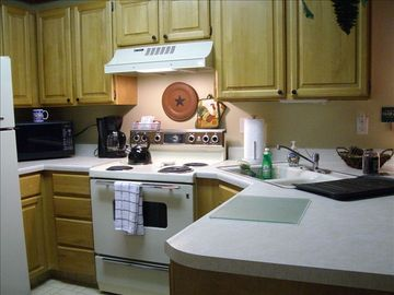 Fully Stocked Kitchen - Unit #301