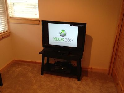 "Just Added November 2012 38"" LCD Flat Screen Upstair w/Cable TV and Xbox 360."