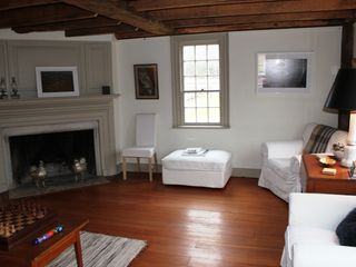 Living Room - Arlington farmhouse vacation rental photo