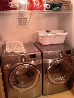 Full Size Samsung Washer Dryer, extremely quiet!