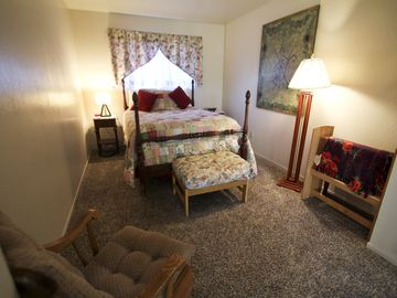 Upstairs den with double bed--privacy curtain