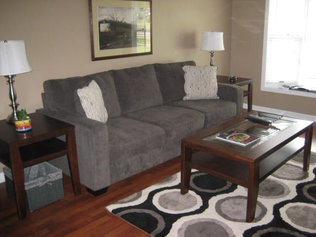 Newly Renovated - Great For Couple - East End  - Quiet Neighborhood