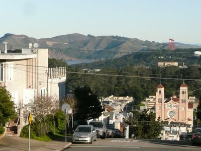 San Francisco apartment rental - Apt located in corner building with views of G G bridge and G G Park