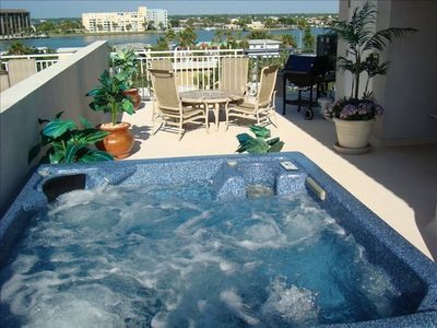 Rooftop Hottub is waiting for you! Views of the Gulf & Intercoastal