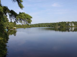 Inn kognito 3 lakefront vacation homeaway long pond for Long pond pa cabin rentals
