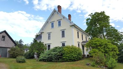 Beautiful Farmhouse located on a lake with breathtaking views of Acadia Park