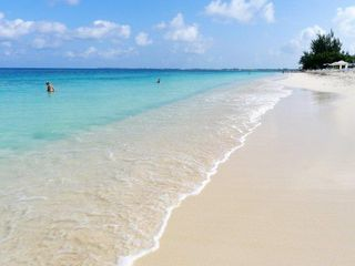 Grand Cayman condo photo - Seven Mile Beach