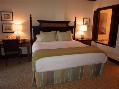 Waipouli condo rental - King Master Bedroom with Luxury Linens and Triple Sheeting