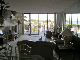 Treasure Island condo photo - ..