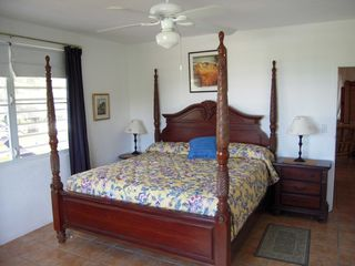 Vieques Island villa photo - King bedroom with bathroom